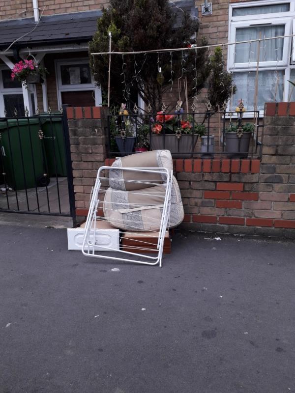 furniture and cushion -177 Altmore Avenue, East Ham, E6 2BT