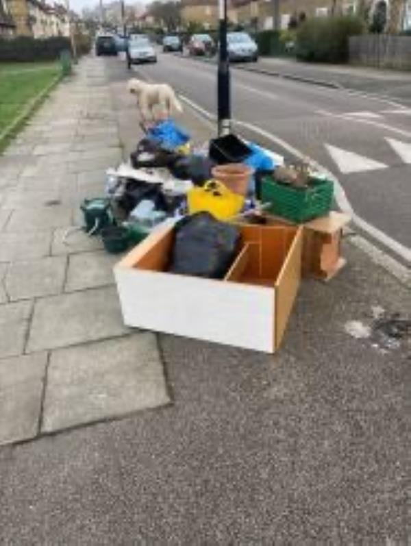Please clear flytip-13 Downderry Rd, Bromley BR1 5QH, UK