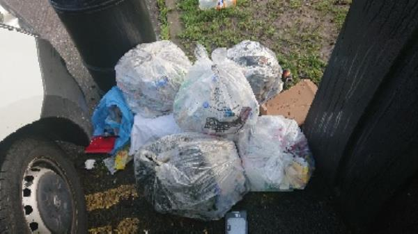 House old waste removed fly tipping  image 1-5 Spring Terrace, Reading, RG2 0BD