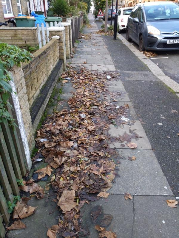 remaining unswept patches of samson street-29 Samson Street, London, E13 9EJ