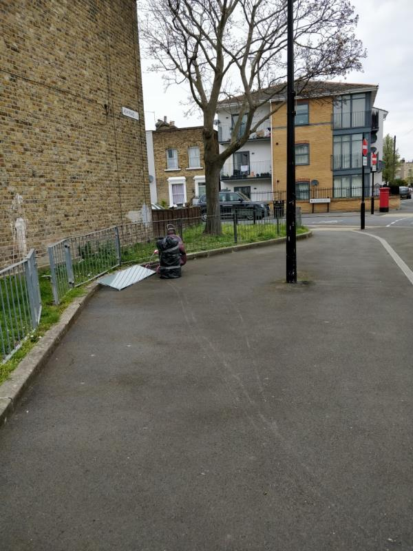 Flytipping at the end of Ash Road off Buxton Road E15-10 Hatfield Road, London, E15 1QY