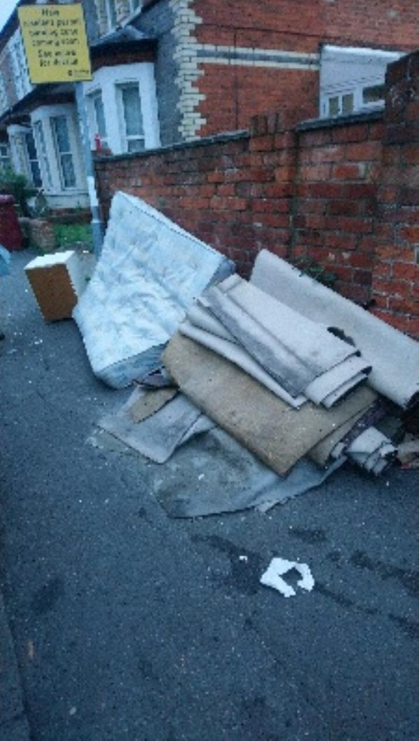 Fly tipping (cleared) -49a Wokingham Road, Reading, RG6 1LG