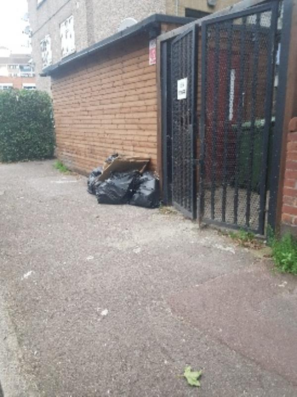 they're leave it here-3 Charlemont Rd, East Ham, London E6 6HJ, UK