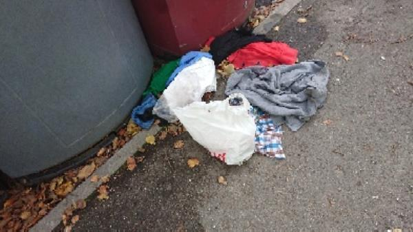 House old waste removedl fly tipping on going at this site -61 George Street, Reading, RG1 7NP