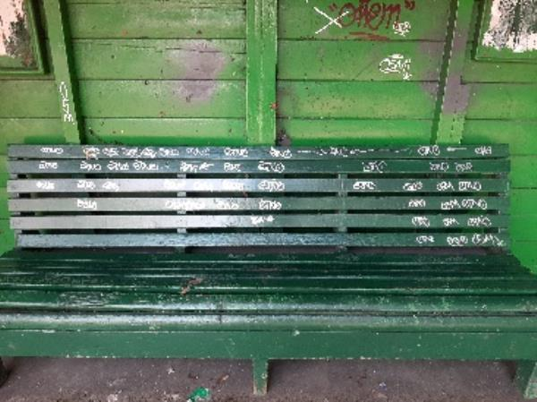 SEESL EBC Zone2 NF JN 26/3/20 @ 11.30am please could you remove the graffiti from the bench at the bus shelter on the corner of Kings Drive & Park Avenue. Many Thanks Jo Nones-237 Kings Drive, Eastbourne, BN21 2XF