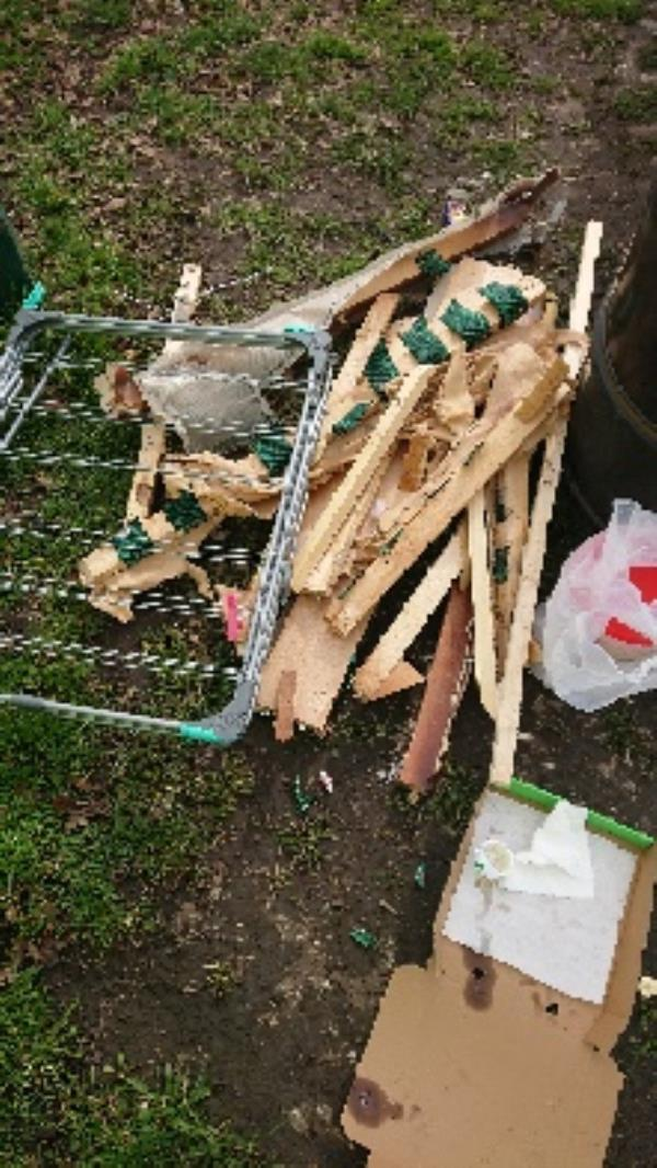 House old waste removed fly tipping on going at this site -30 Liebenrood Road, Reading, RG30 2DX