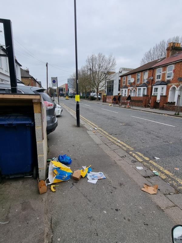 General street litter -1 The Crescent, London, UB1 1BE